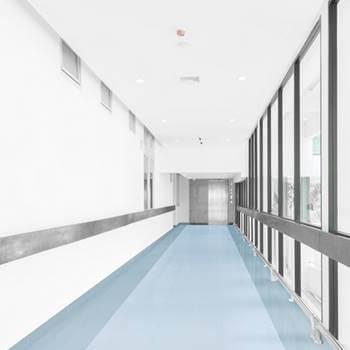 Vinyl koridor rumah sakit